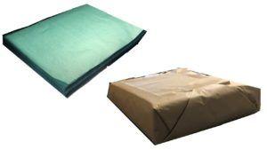 断裁機にてグリーンパーチを希望のサイズに切りクラフト紙に包んで発送します。