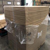 浜田紙業倉庫にパレット単位で在庫している包装紙です。