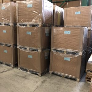 浜田紙業倉庫です。保管して全国各地に発送いたします!