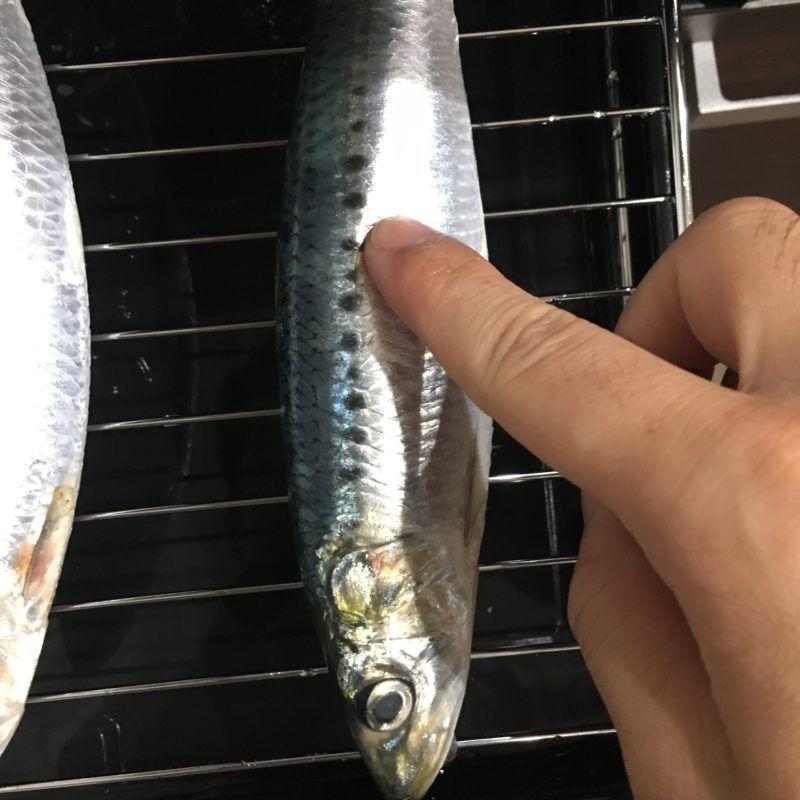 パックパーチ紙は魚のぬめりをとります
